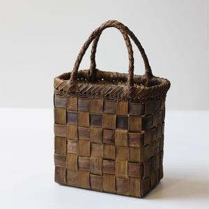 裏皮 縦長 胡桃のかごバッグ  (クルミ/沢くるみ/籠)  オズのかごバッグ
