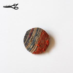 裂き織り古布襤褸の手作りリメイク 丸ブローチ oz and made