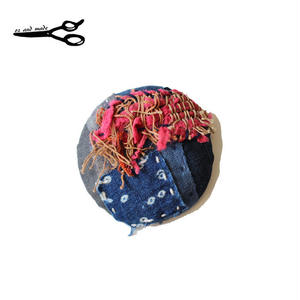 古布襤褸と裂き織りの丸ブローチ oz and made