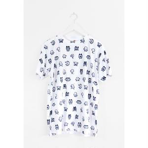 【OMOCAT】TAMAGOTCHI PATTERN T-Shirt