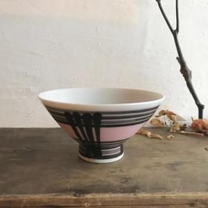 モダンピンク茶碗