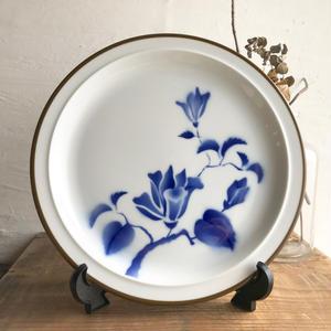 青い花と茶縁のプレート23cm