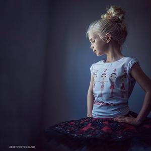 【再入荷・メーカー生産終了】Ballet Papier Fit Style T-shirt 'Ballet Positions'