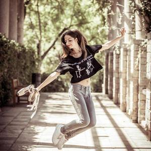 Ballet Papier Crop Style T-shirt 'Meet me at the barre'