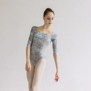 [Zi dancewear] 2 Sleeves leotard, stained with the print Delicate Dirt