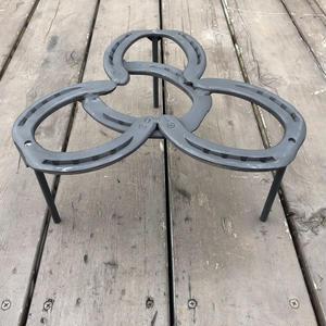蹄鉄トリベット  脚付  耐熱塗装