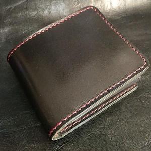 ブラックレザー 二つ折り財布