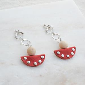 Leather Half-moon Earring -Orange- (ピアス/チタンピアス変更可)