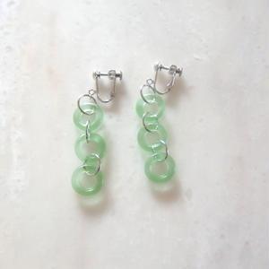 Glass Chain Earring  -Light Green-