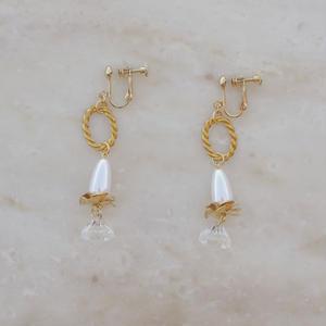 Vintage Flower Pearl Earring (ピアス/チタンピアス変更可)