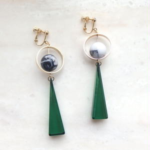 Triangle Swing Earring -Green*Marble-  (ピアス/チタンピアス変更可能)