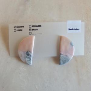 Half Moon Earring -Pink Marble-