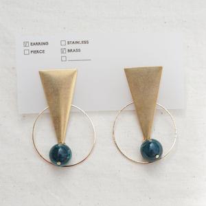 Triangle Earring -Green-