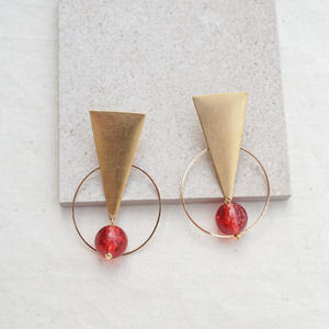 Triangle Earring -Red-