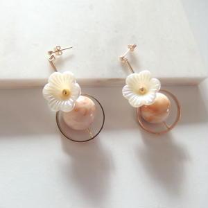 Pearl Flower Swing Pierce (イヤリング/チタンピアス変更可能)