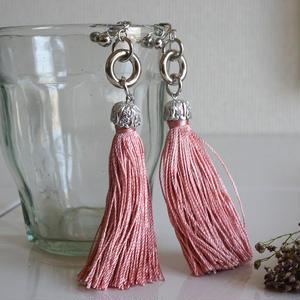 Pink Tassel Earring (ピアス/チタンピアス変更可)