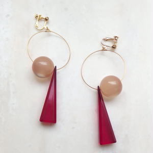 Triangle Swing Earring -Pink*Beige- (ピアス/チタンピアス変更可能)