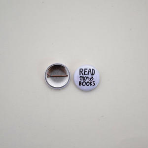READ MORE BOOKS 缶バッジ 2個セット
