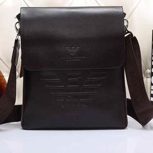 人気 エンポリオアルマーニ EMPORIO ARMANI ショルダーバッグ 斜め掛け鞄 カバン