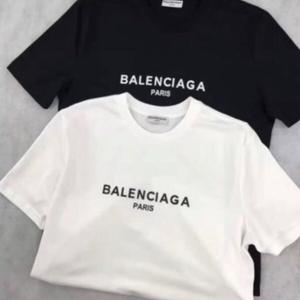 新入荷 夏定番!BALENCIAGA バレンシアガTシャツ 半袖 人気新品 男女兼用