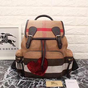 新入荷✩バーバリー Burberry リュック チェックバックパック 本革カバン 赤い心 鞄  高品質!