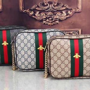 人気♥グッチ Gucci ショルダーバッグ 鞄 ミツバチ刺繍カバン