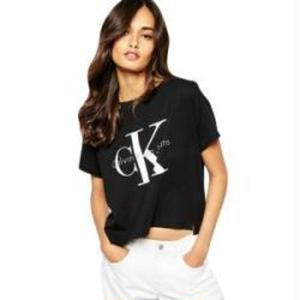 人気新品 Calvin Klein カルバンクラインTシャツ 半袖   男女兼用