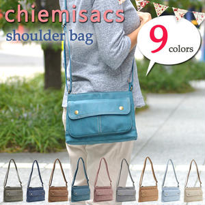 chiemisacs 合皮ショルダーバッグ
