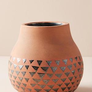 Organic flower vase