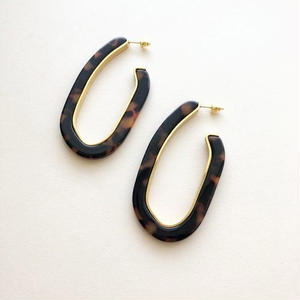 Margot Lux Hoops in Tortoise