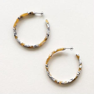 Large Calico Tortoise Hoops