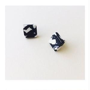 Noir Tortoise Block Earrings