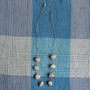 Cotton Stone Necklace (Natural)