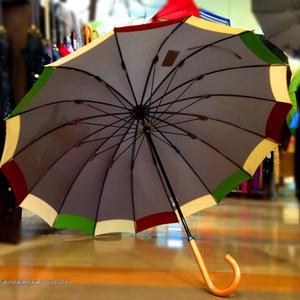 36本限定生産 傘専門店 通販 東京 雨傘 オリジナル メンズ レディース グラスファイバー サビない 超軽量 旅傘【ツートン 灰-臙脂/Beige/緑】