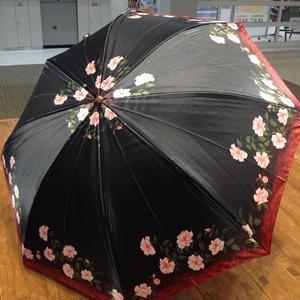 傘専門店  通販  東京  雨傘  ワンタッチ  ジャンプ  サビにくい  黒骨  旅傘  【サテン生地   プチフラワー】