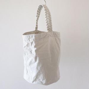 white denim tote (丸底×編み持ち手)