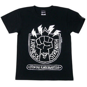 har007tee - OTOKOGI KINDERGARTEN Tシャツ (ブラック) -G- かわいい ロゴマーク カジュアル アメカジ コラボ