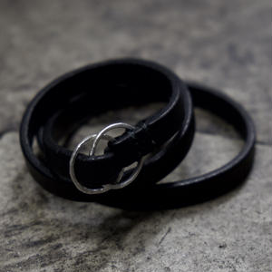 NARROW RING BANGLE