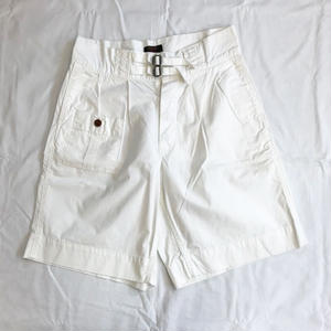 BARBOUR : EMPIRE SHORTS(ホワイト)