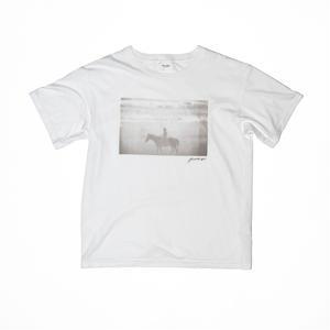 Horse T-shirt.