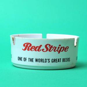 ジャマイカ産ビール「RED STRIPE(レッドストライプ)」の灰皿(一点物、使用感あり)