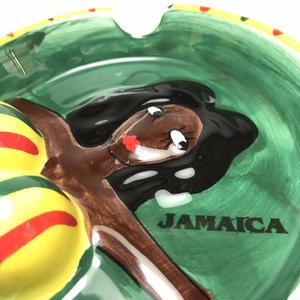 再入荷!ジャマイカ 灰皿 ボイン
