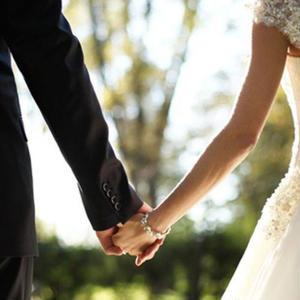 女性向け結婚アフィリエイト「婚活サイトで婚活する方法」記事テンプレート!(5000文字)