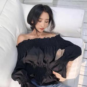 オフショル 可愛い トップス 胸元ギャザー 袖フリル 2色