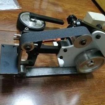 【送料無料!】専門のナイフ研磨機の金属の研磨機を研磨するDIY工具220V GTmini研磨ベルト機械をバリ取り