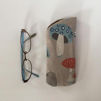 メガネケース  ④