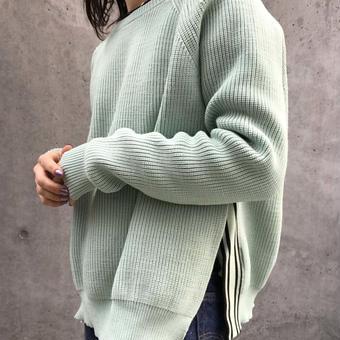 【ELLE】line slit sweater