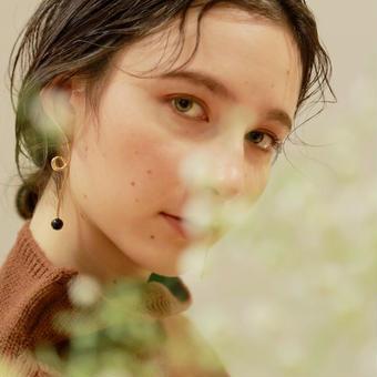 Petit marble pierce/earring