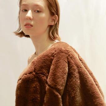 ours fur coat