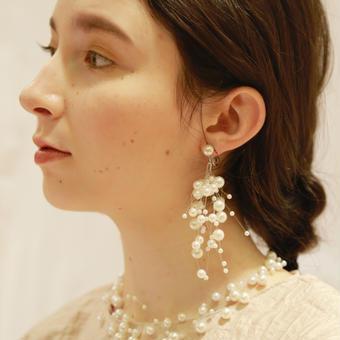 Lily pearl pierce (pair)